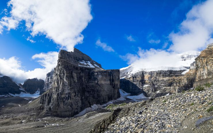 1280px-Plain_of_the_Six_Glaciers_FlorianFuchs