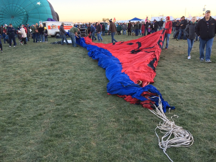 After the Dawn Patrol, balloons were rapidly rolled out to prepare for the Mass Ascension
