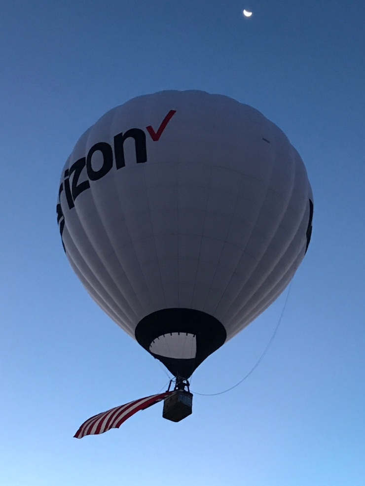 Just about after sunrise, the Verizon balloon took off and the Dawn Patrol started to wind down