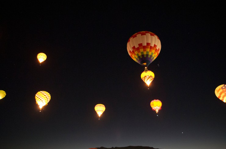 Dawn Patrol balloons in the sky