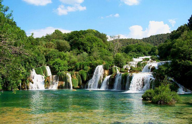 1024px-Krk_waterfalls