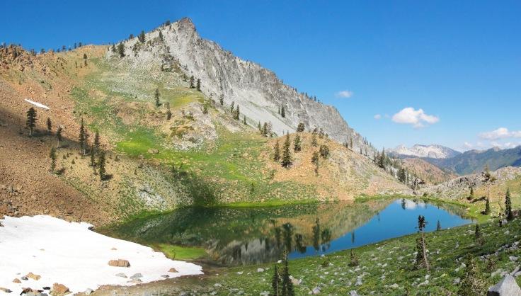 siligo_peak_and_luella_lake