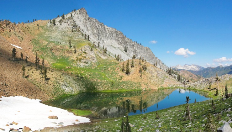 siligo_peak_and_luella_lake