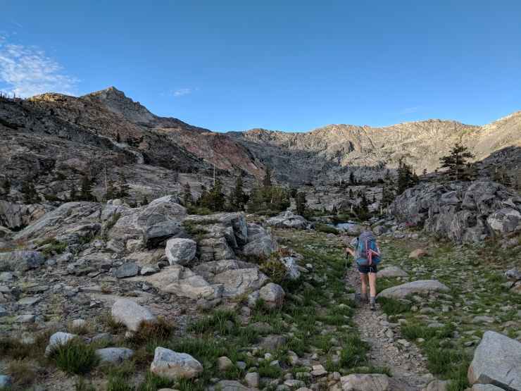Desolation-wilderness-twin-lakes-heading-to-island-lake