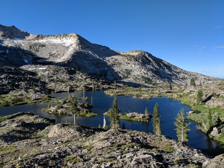 Desolation-wilderness-twin-lakes-looking-out-over-island-lake