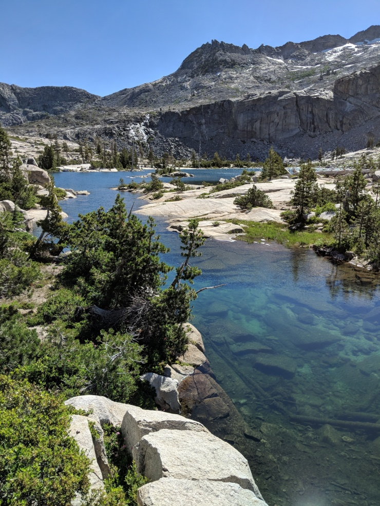 Desolation-wilderness-twin-lakes-outlet