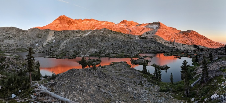 Desolation-wilderness-twin-lakes-panoramic-island-lake-sunset-3