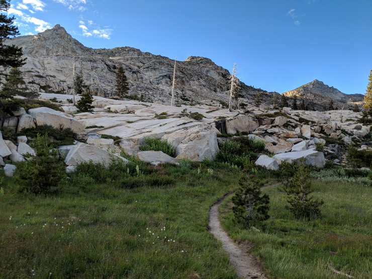 Desolation-wilderness-twin-lakes-trail-between-twin-and-island-lake