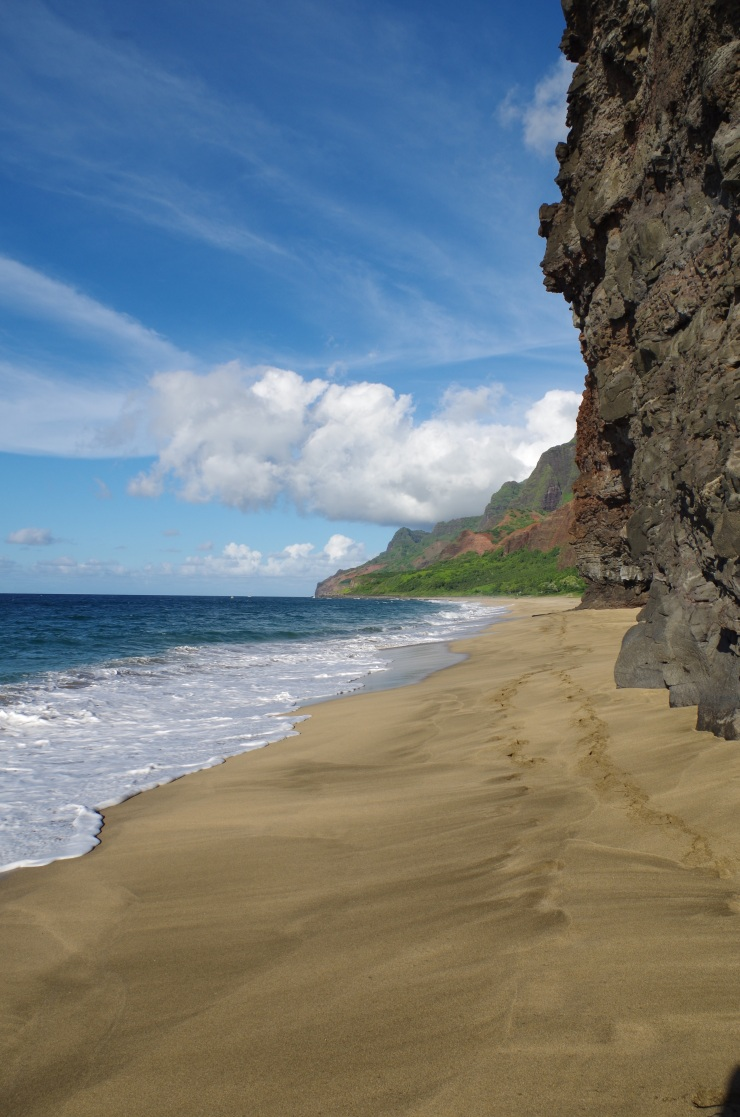 Kalalau-trail-backpacking-beach-view-trip-west