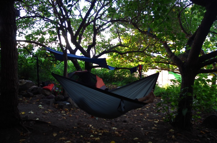 Kalalau-trail-backpacking-campsite-hammock