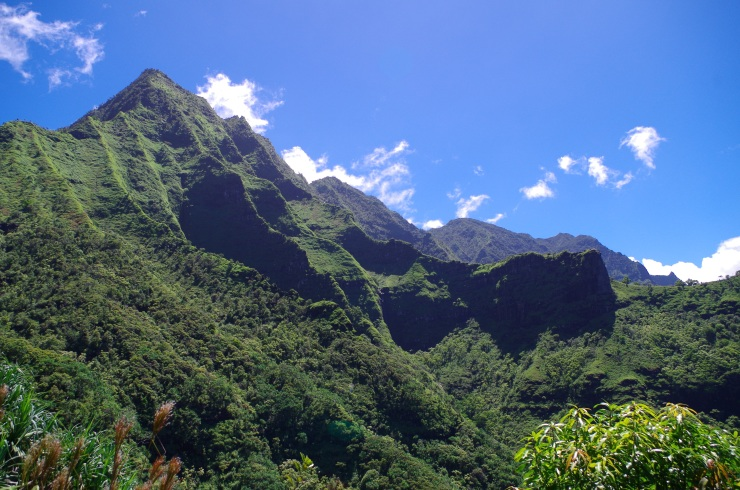Kalalau-trail-backpacking-first-vista-view