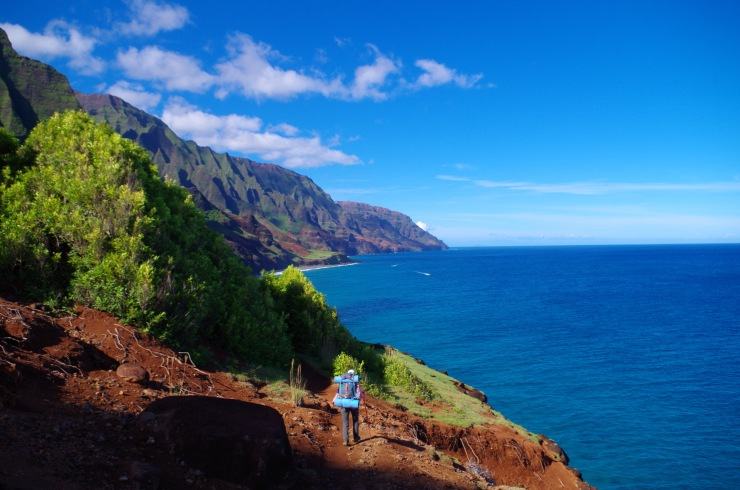 Kalalau-trail-backpacking-hiker-along-coast
