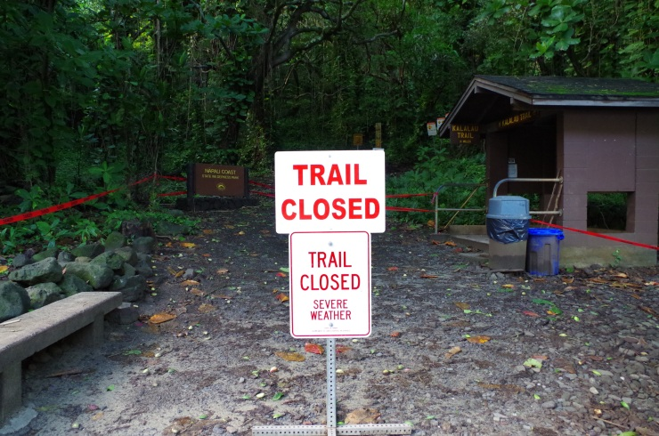 Kalalau-trail-backpacking-trail-start-closed