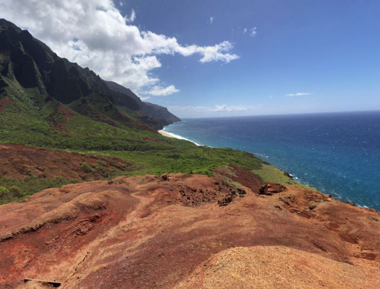 Kalalau-trail-beach-view-from-red-hill
