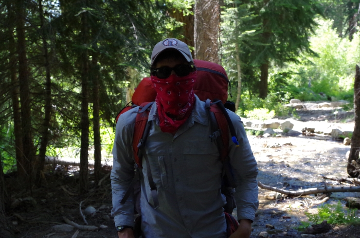 kings-canyon-rae-lakes-loop-bubbs-creek-trail-hiker