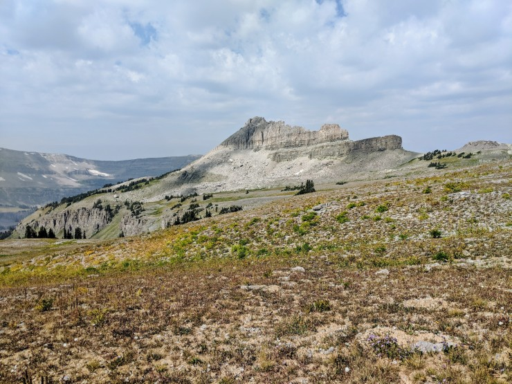 Teton-crest-trail-backpacking-battleship-mountain