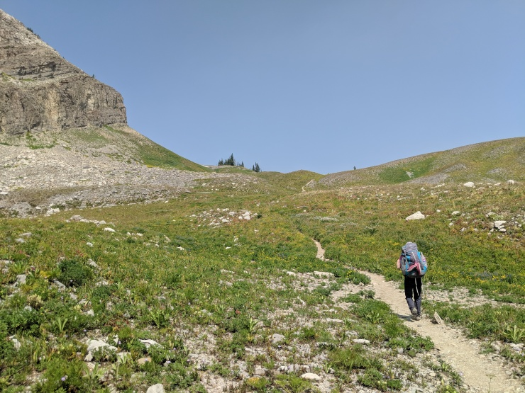 Teton-crest-trail-backpacking-climbing-from-marion-lake