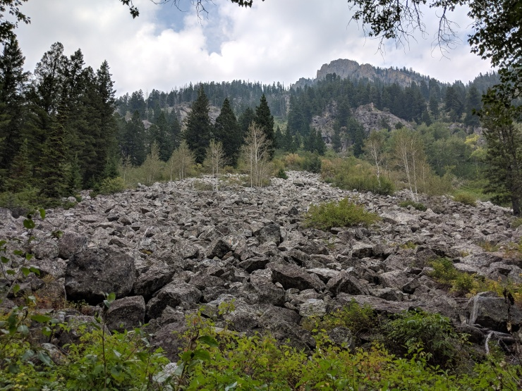 Teton-crest-trail-backpacking-granite-canyon-scree-pile