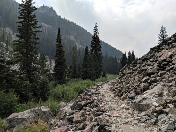 Teton-crest-trail-backpacking-granite-canyon-trail-scree