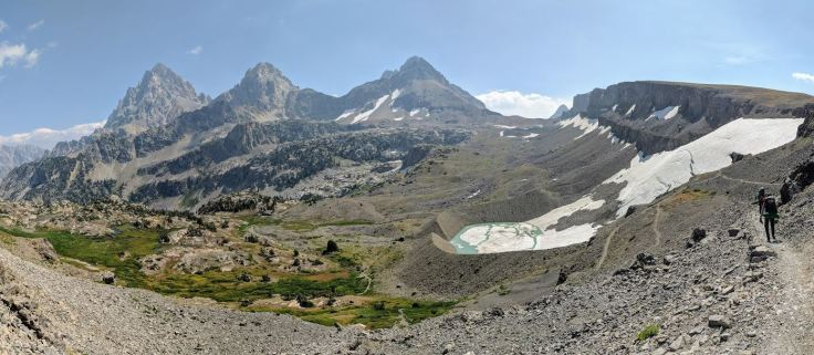 Hikers descending down from Hurricane Pass. The trail follows several switchbacks and you get great views along the way.