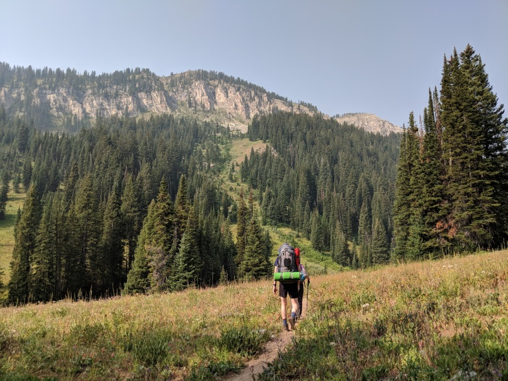 Teton-crest-trail-backpacking-towards-upper-granite-camp-zone