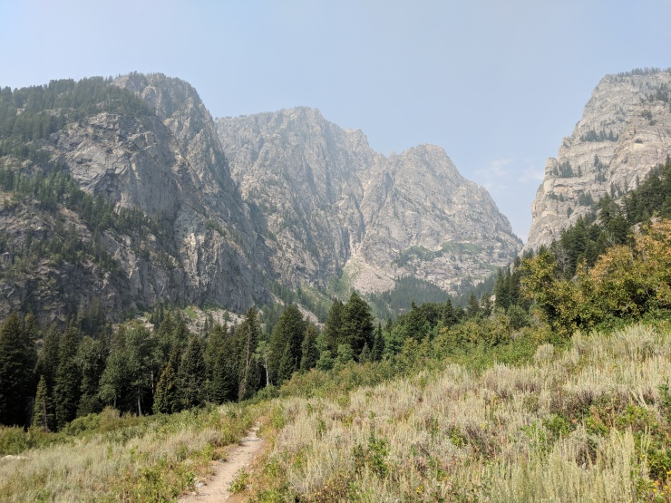 Teton-crest-trail-backpacking-trail-to-open-canyon