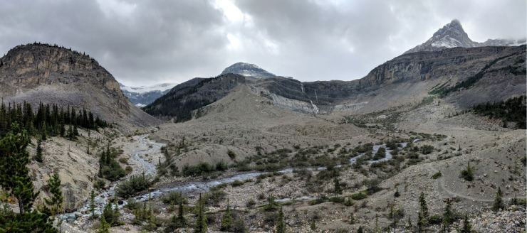 banff-bow-glacier-falls-panoramic-view