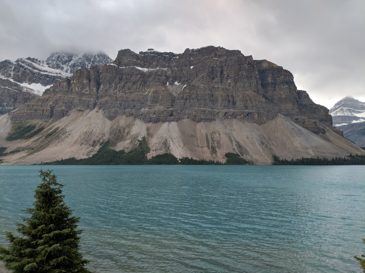 banff-bow-lake-from-turnout