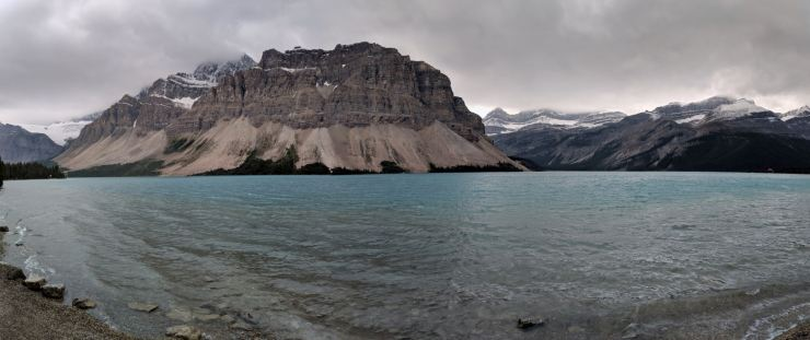 banff-bow-lake-panoramic-from-turnout
