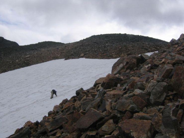 climbing-up-glacier-on-wenkchemna-pass