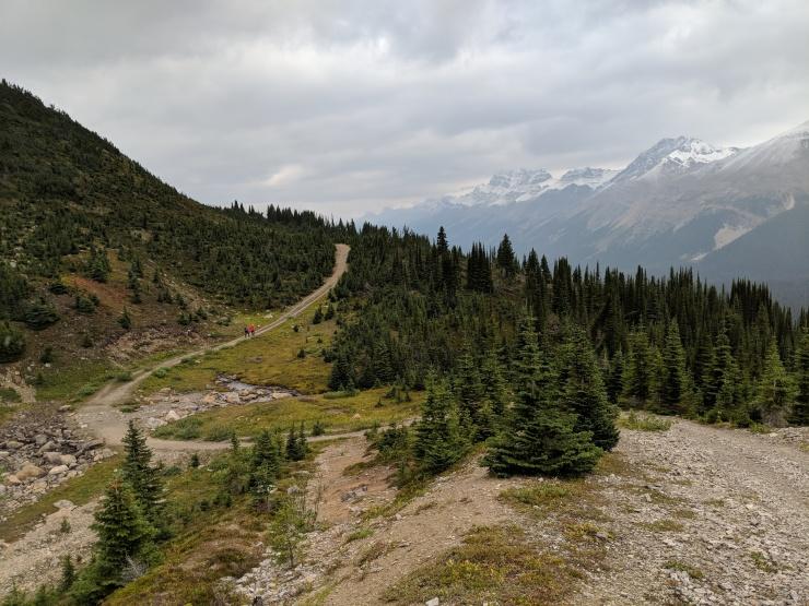peyto-lake-bow-summit-lookout-looking-back-down-climb