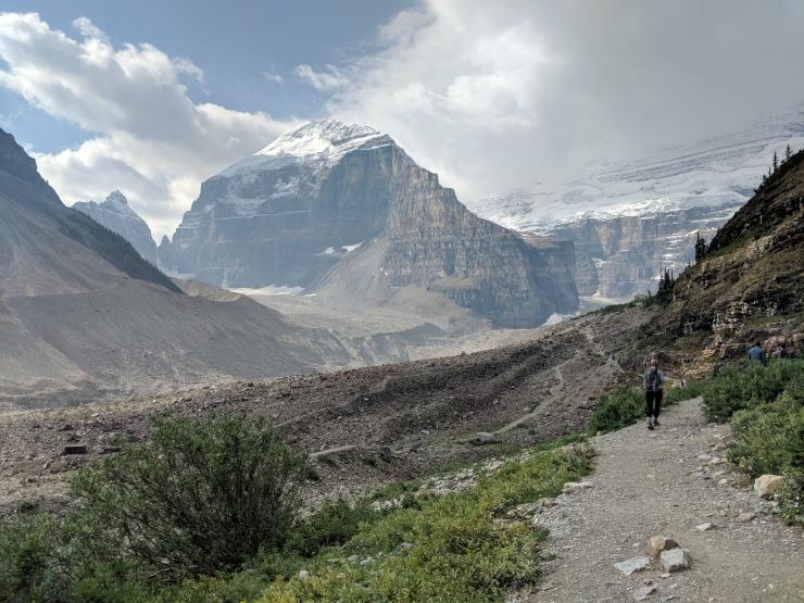 plain-of-six-glaciers-approaching-area-near-glaciers