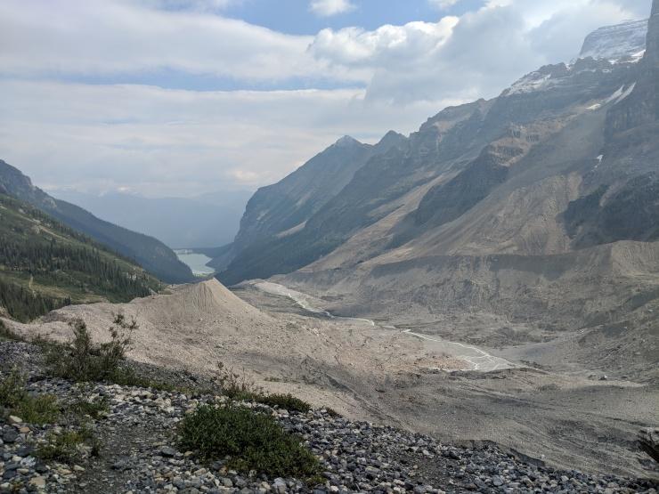 plain-of-six-glaciers-looking-towards-lake-louise