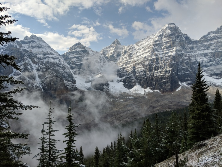 view-of-ten-peaks-above-moraine-lake