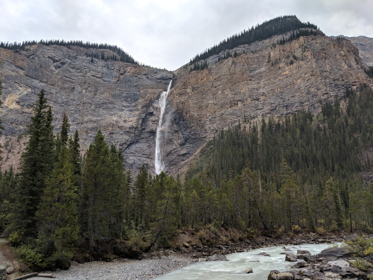 Yoho-iceline-trail-takakkaw-falls-yoho-river