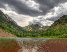 The famous view of the Maroon Bells framed behind Maroon Lake (credit: mrubenstein01)