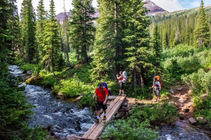 river-crossing-towards-buckskin-pass