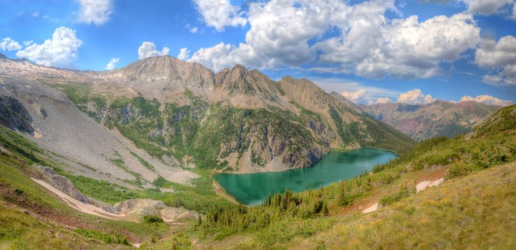 snowmass_lake_pano_from_trail