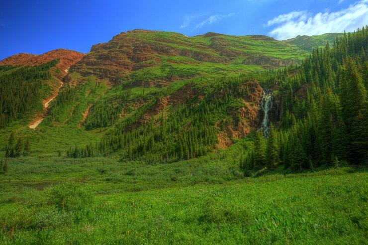 valley_between_frigid_air_pass_and_trailrider_pass_follows_northFork_of_crystal_river_5