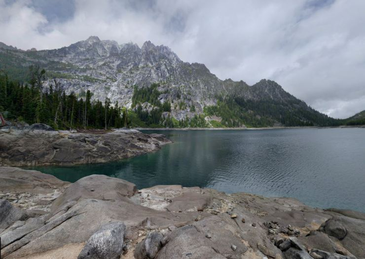 Upper-snow-lake-enchantments