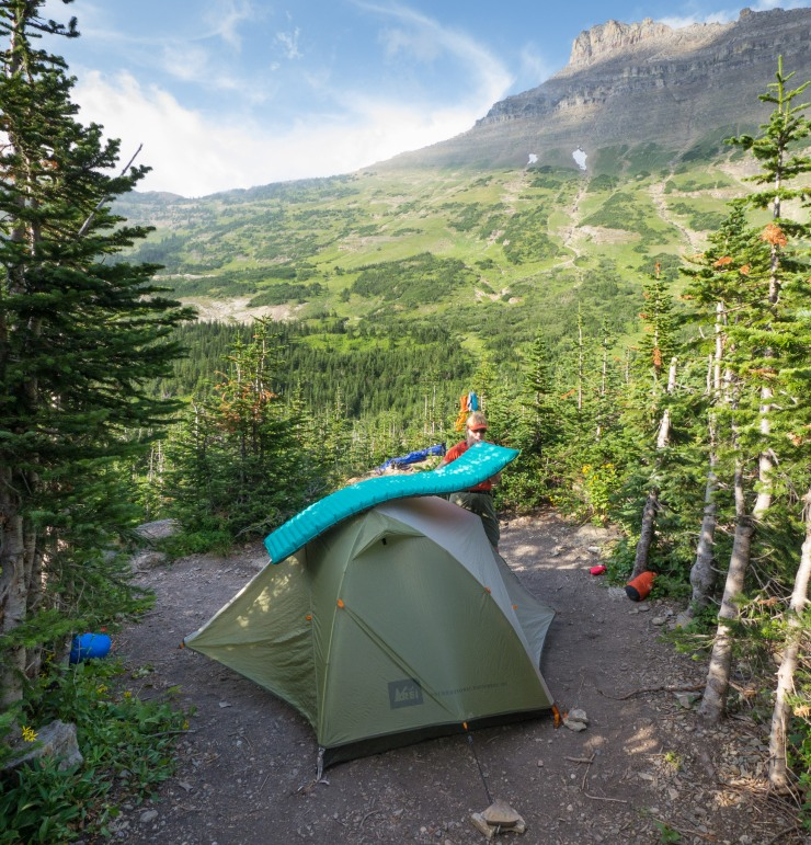 glacier-backpacking-north-circle-stoney-indian-pass-trail-19-stoney-indian-lake-campsite