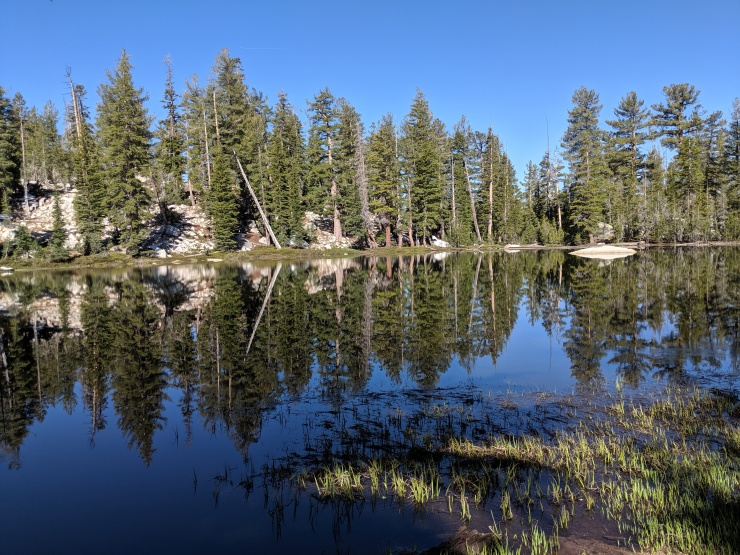 yosemite-backpacking-clouds-rest-trail-lake
