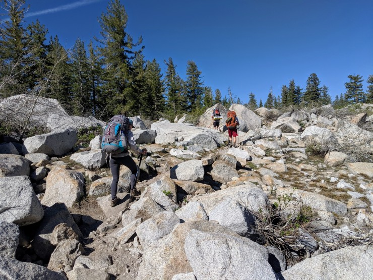 yosemite-backpacking-clouds-rest-trail-starting-climb