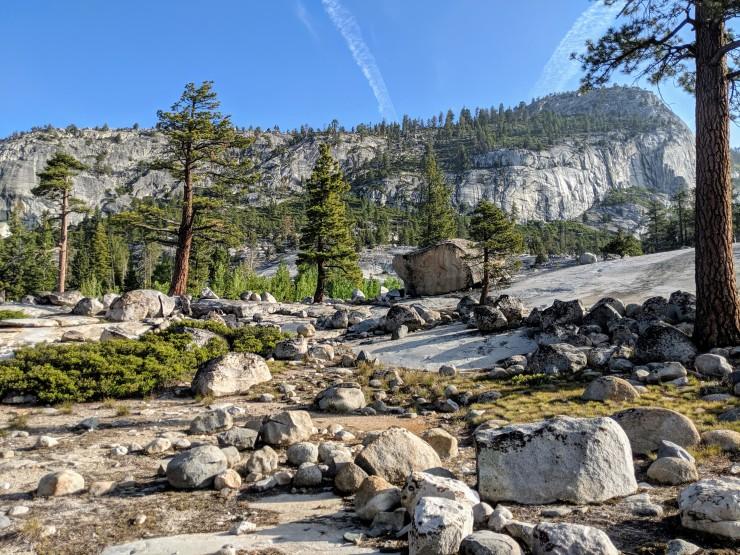 yosemite-backpacking-high-trail-merced-leaving camp
