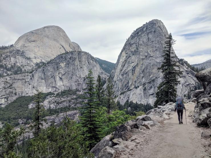 yosemite-backpacking-john-muir-trail-half-dome-and-liberty-cap