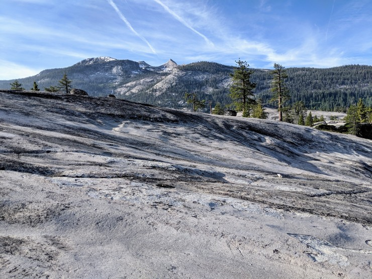 yosemite-backpacking-merced-high-trail-leaving-camp