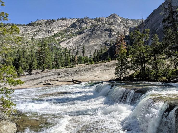 yosemite-backpacking-merced-river-trail-waterfall