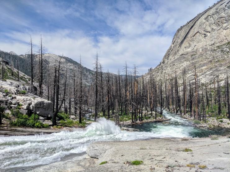 yosemite-backpacking-merced-river-water-wheel-falls
