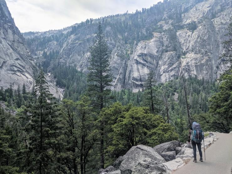 yosemite-backpacking-mist-trai-illilouette-gorge
