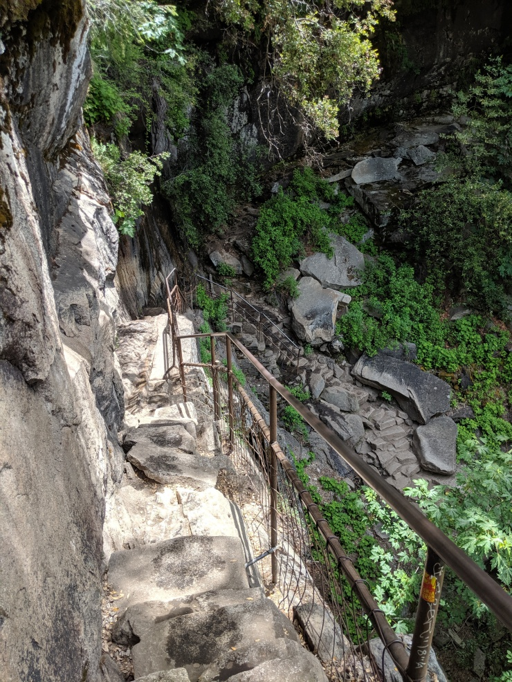yosemite-backpacking-mist-trail-steep-steps